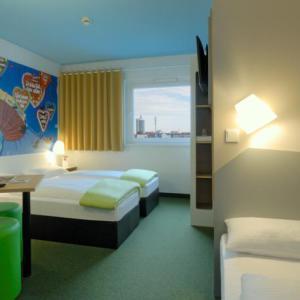 2 sterrenhotel München - slaapvertrek